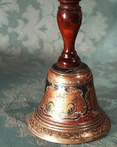 Exquisite Bell  Ceremonial  decored 1850 French