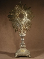 SAMSON Louis. Paris. Great Monstrance, Sterling silver. Decored with Putti.