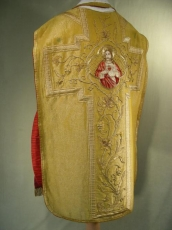 Chasuble Vestment Gold.